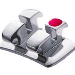 Bracket Metálico Crown Mini, Roth .022 (fabricación 3 CAD-CAM/CNC), sin Hook, 1 Caso de 20 piezas, marca ADENTA